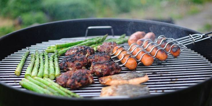 7 BBQ Hacks To Make Yours Amazing