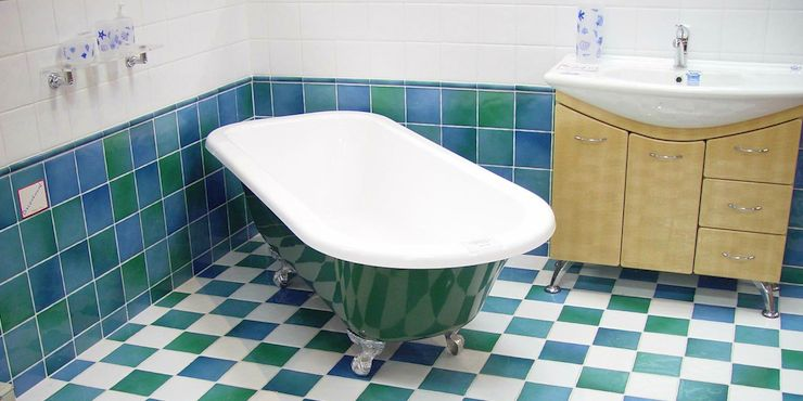 Spring Cleaning: How to Get Rid of Bathroom Mould